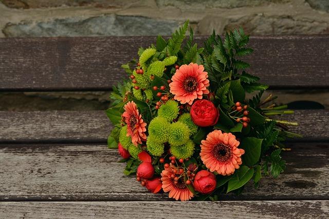 Úžasné vazby řezaných květin