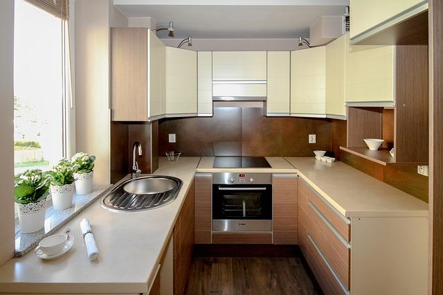 kuchyňka s oknem