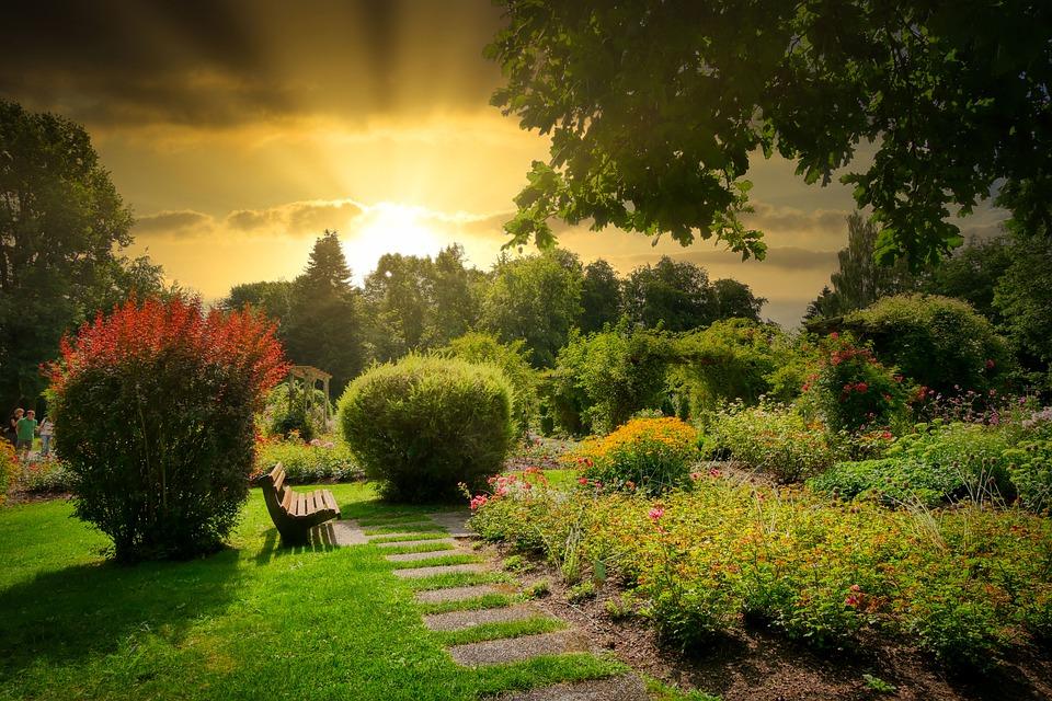 Nezapomeňte připravit svou zahradu na sezónu. Je nejvyšší čas.